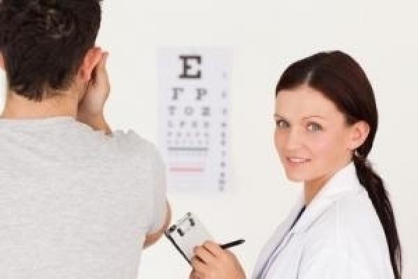 Der Kontaktlinsenkauf