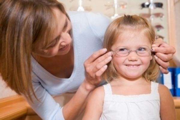 Augenuntersuchungen bei Kindern