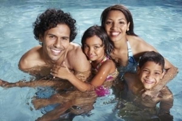 Schwimmen mit Kontaktlinsen